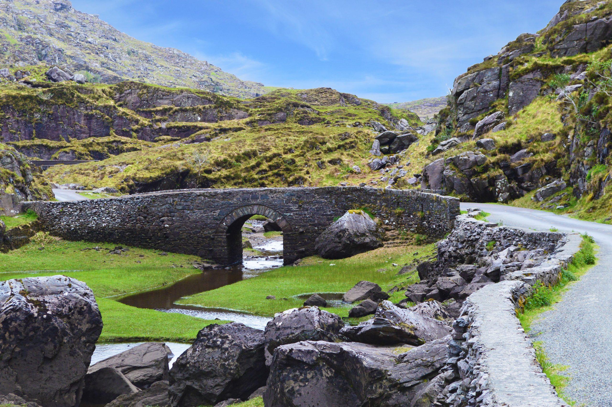 © PixelPower – stock.adobe.com   Im Black Valley Irland