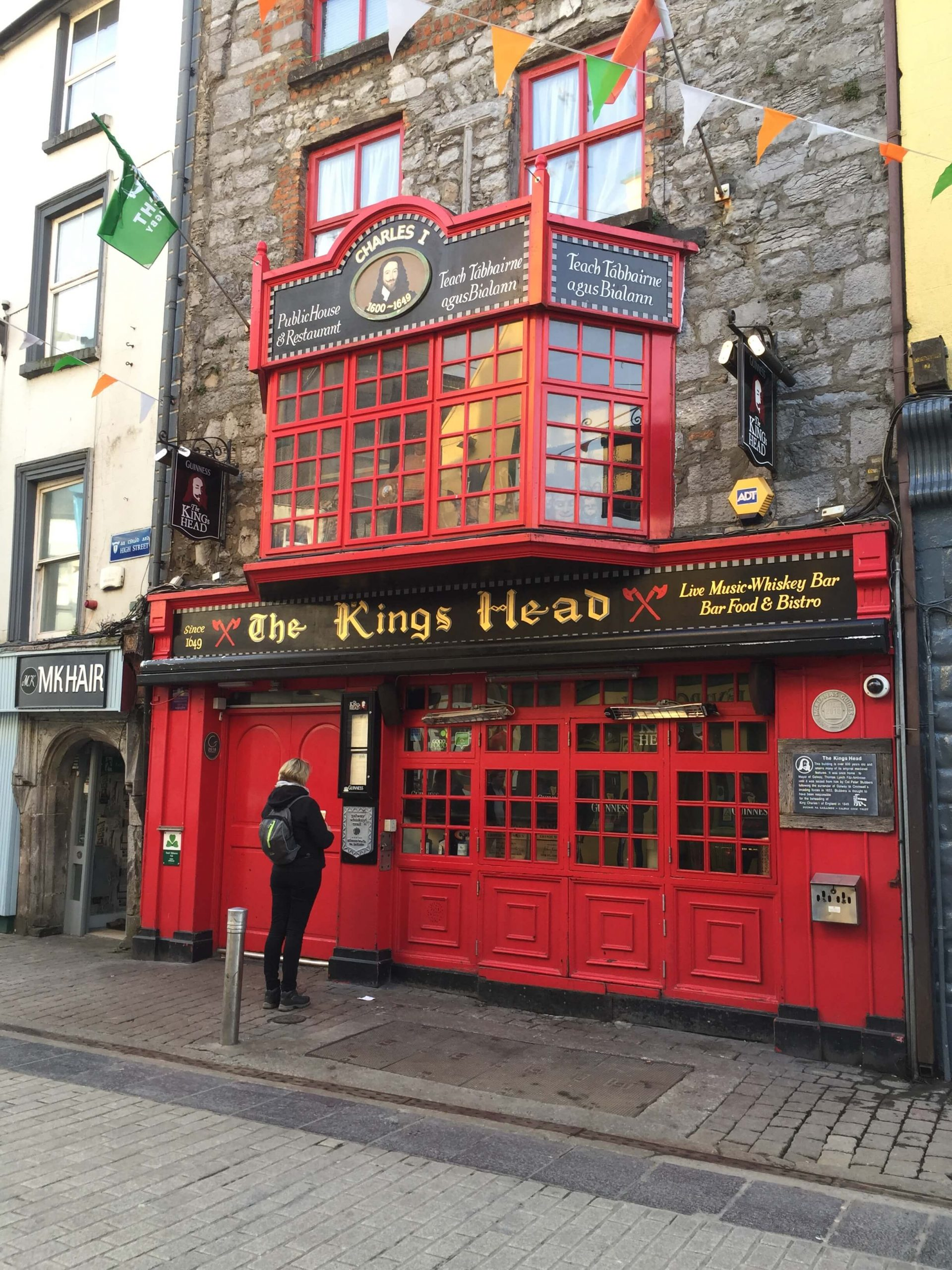 The Kings Head Pub in Galway
