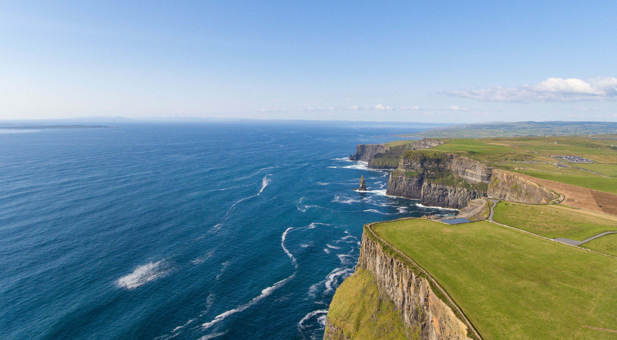 © UTBP - stock.adobe.com   Irland Cliffs of Moher