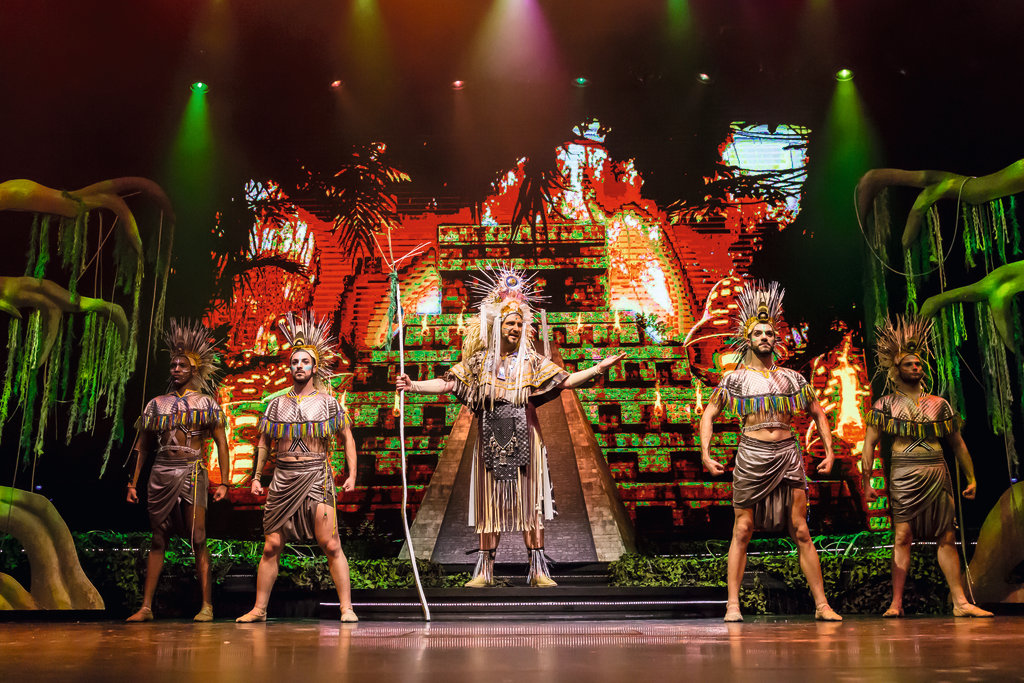 Entertainment im Theater | ©TUI Cruises GmbH