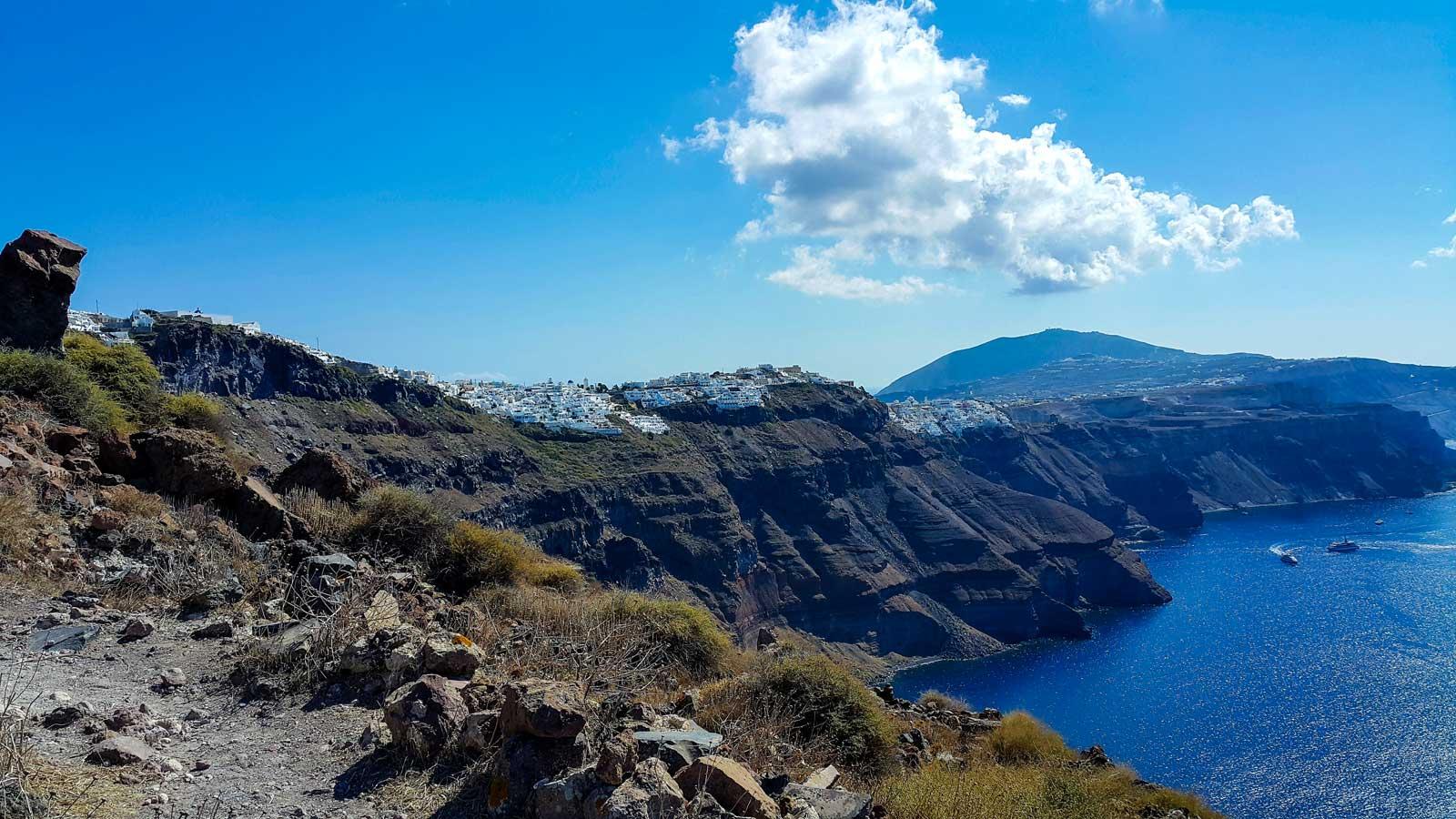 Küste Santorinis