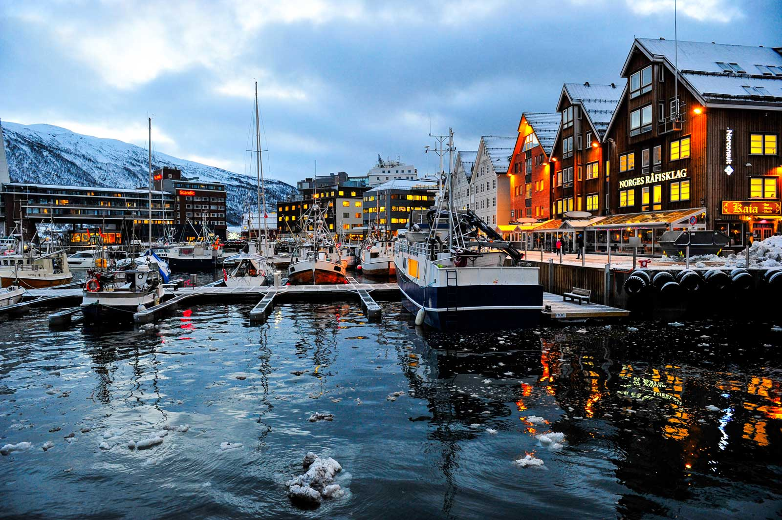 Mittags um 12 Uhr in Tromsø