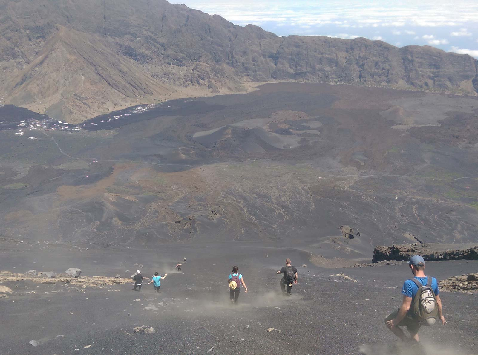 Abstieg vom Pico de Fogo