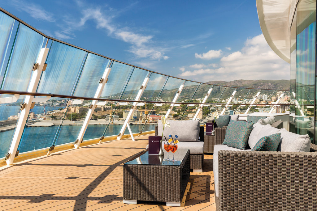 X-Lounge Bereich | ©TUI Cruises GmbH