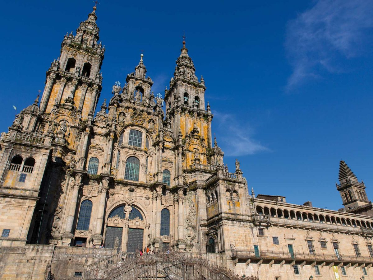 Santiago de Compostela - IKARUS TOURS/Shutterstock