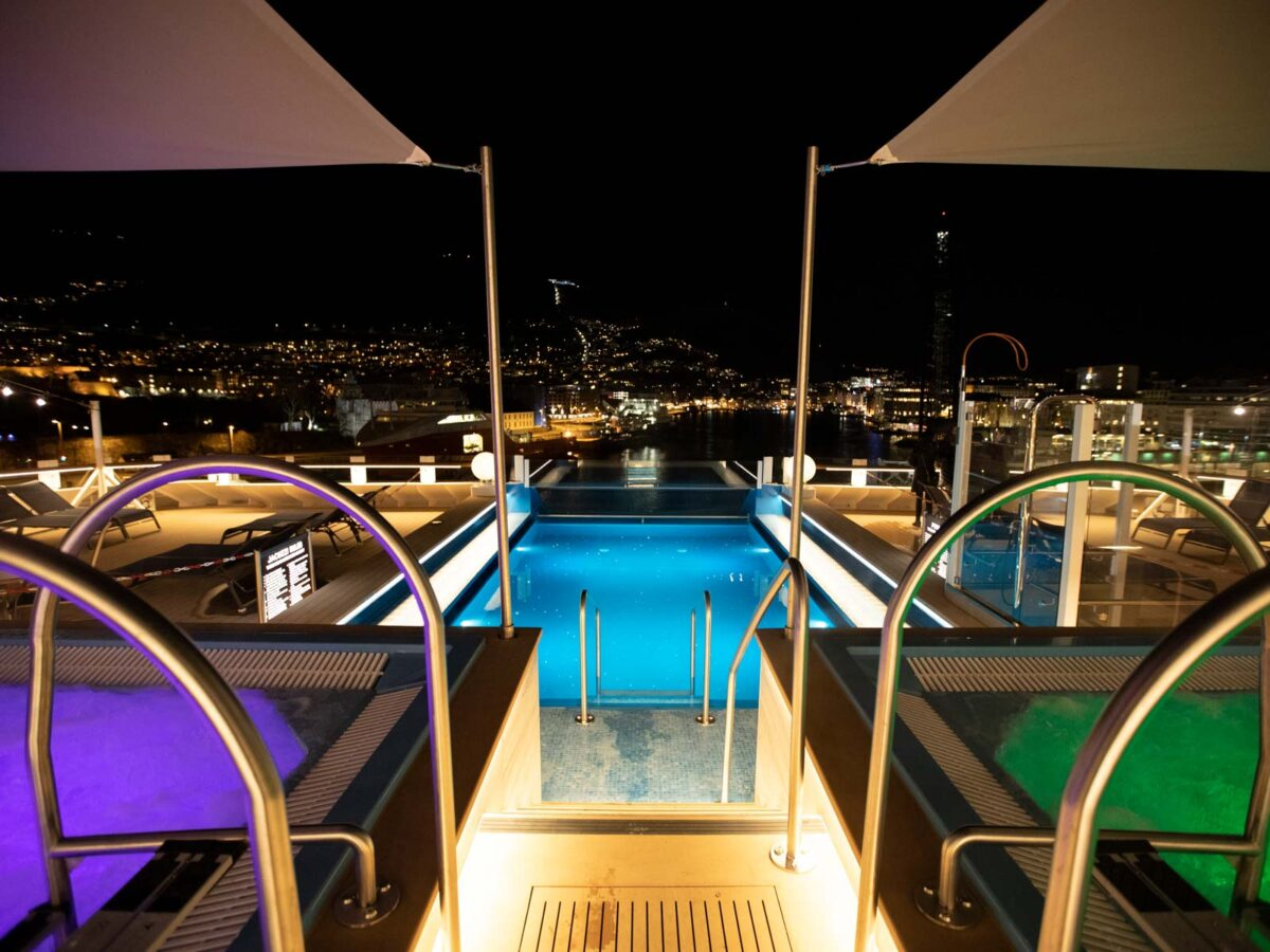 Poolbereich-©-Oscar_Farrera